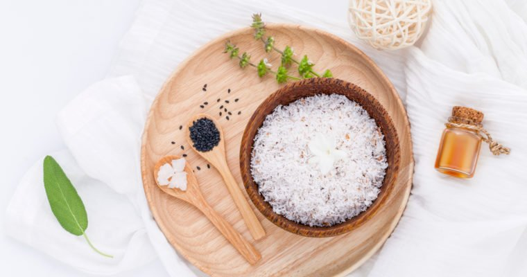 Health Benefits of a Foot Bath & 8 DIY Foot Soak Recipes