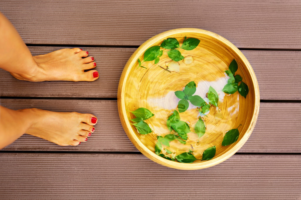 Natural herbal foot bath recipes & detox foot bath recipes to soothe tired feet, remove detox toxins and improve the look and health of your feet.